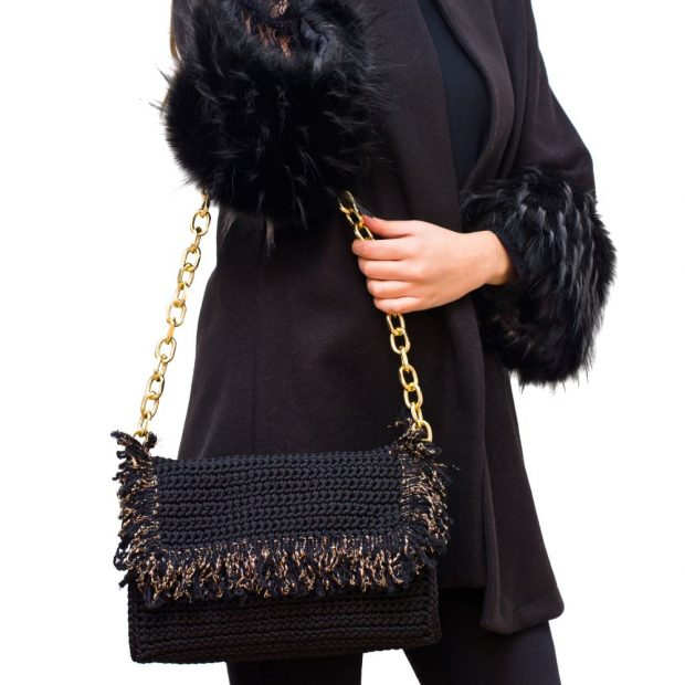Black Handmade knitted bag BLM709 3