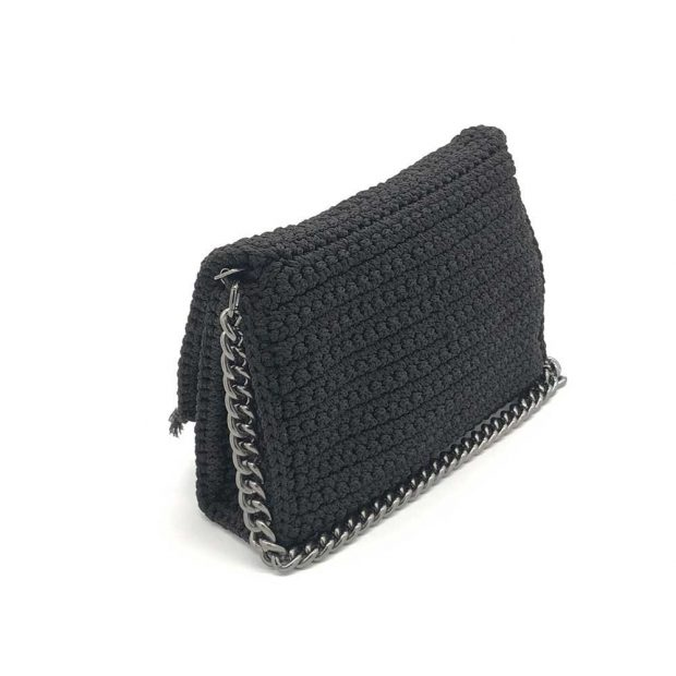Black-Handmade-knitted-bag-BLM717-3