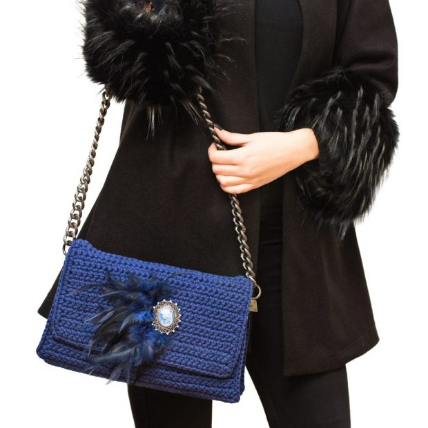Cameo Handmade knitted bag BLM705 3