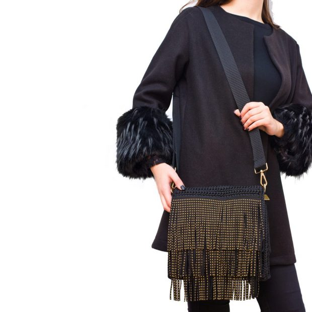 Square Black Handmade knitted bag BLT716 3