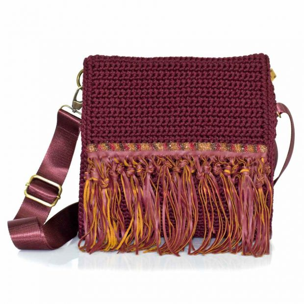 bailloo Square Dark Garnet handmade knitted bag BLT745